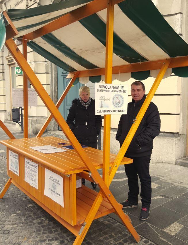 Stojnica izpred UE Ljubljana od strani